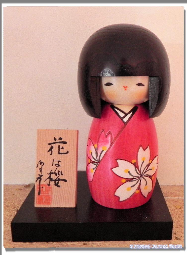poupée kokeshi japon