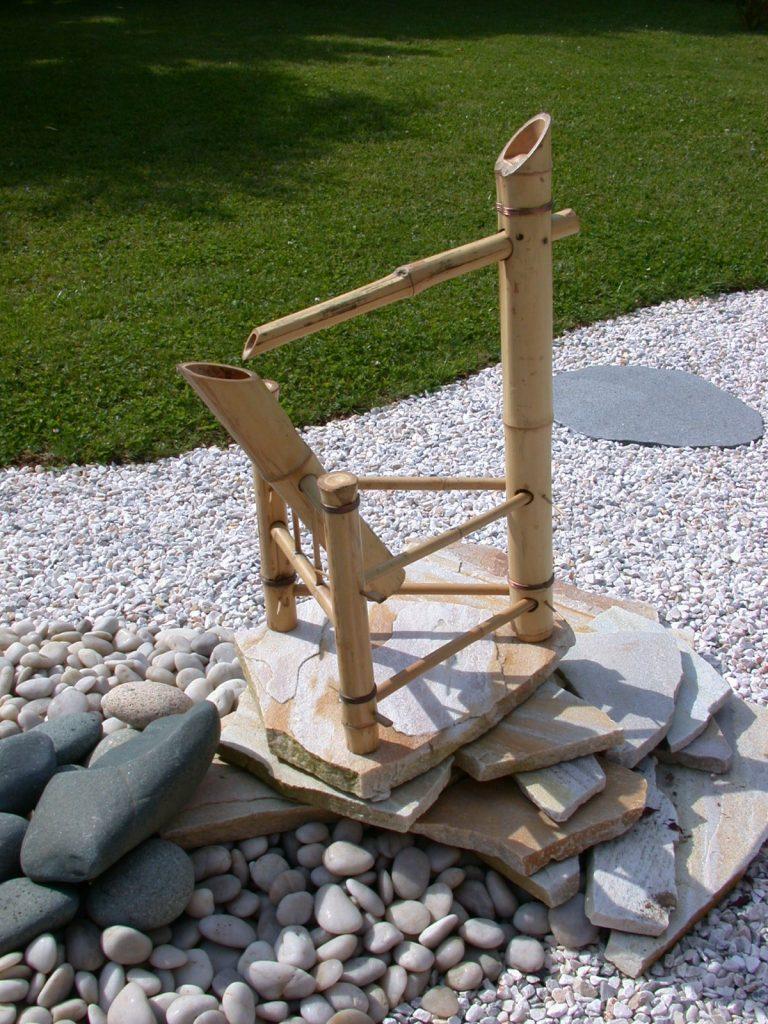 fontaine japonaise en bambou